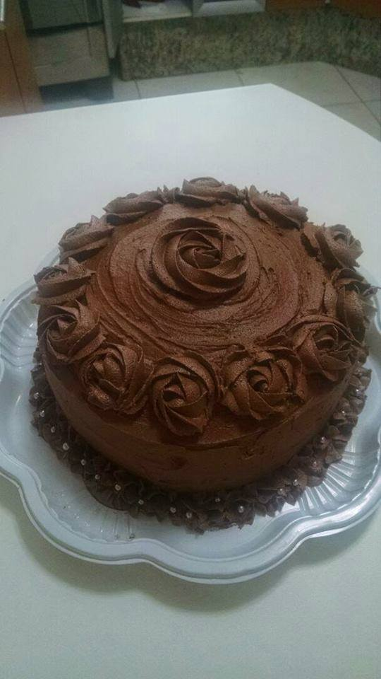 Bolo Baunilha Buttercream Chocolate