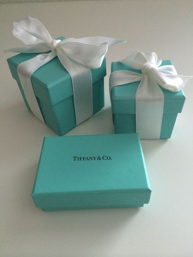 Tiffany_blue_box_2