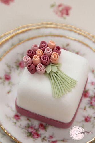 Mini Bolo Mini Cake