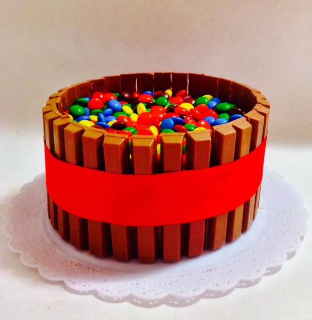 Bolo Kit Kat: Mousse de Chocolate