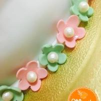 Bolo Decorado Laço + Flores