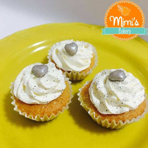 Baby Cupcake Branco, Preto e Prata