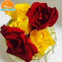 Drip Cake Rústico Dourado com Rosas Naturais
