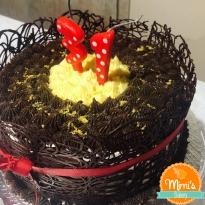 Bolo grade de chocolate: brigadeiro de chocolate e limão siciliano