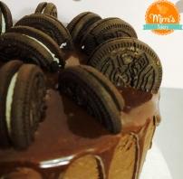 Drip Cake Chocolate com Oreo