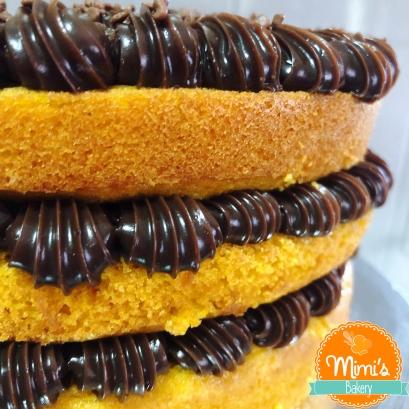 Naked Cake de Cenoura com Brigadeiro II